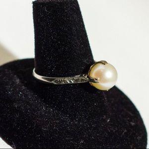 Beautiful antique Edwardian ring size 8
